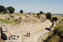 Troy King Priam's walls