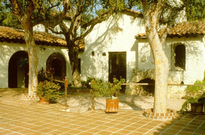 13 Cameron House, Palos Verdes, California 1924