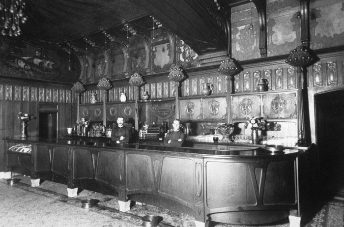 8 The Orange Bower Bar, Davenport's Restaurant, Spokane 1904