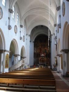 Annakirche Munich nave